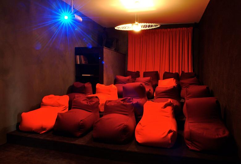 La Klasse's home cinema